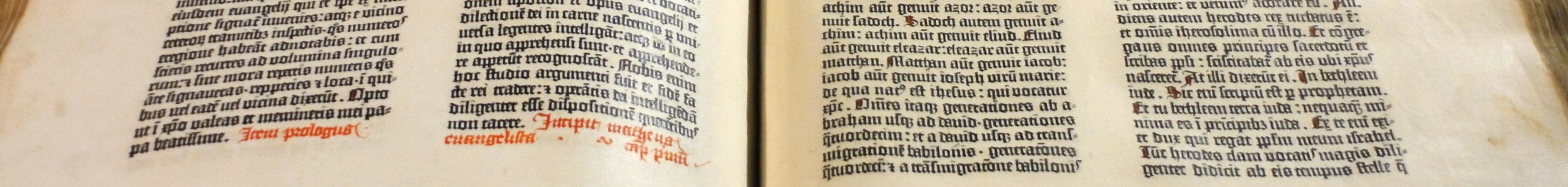 Gutenberg_Bible_(Pelplin_copy)_02-1